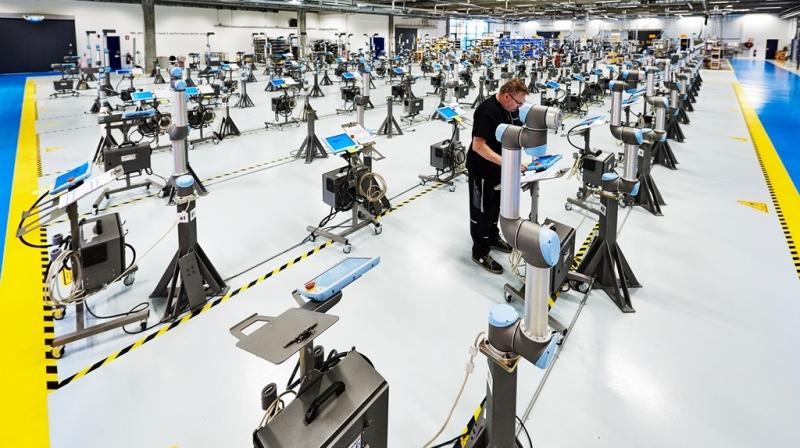robotok kereskedése idegi hálózaton